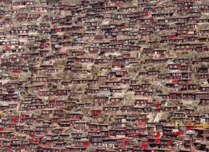 Larung Gar (Monks' Huts)